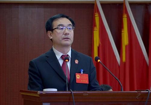 法院院长江伟作法院工作报告